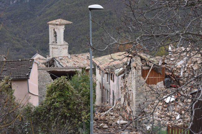 Gualdo di Castelsantangelo sul Nera distrutta dal sisma