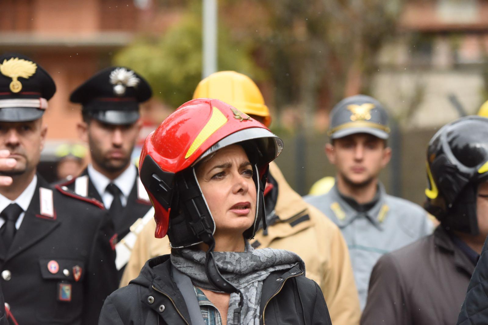 Terremoto, Laura Boldrini in visita a Visso. Il video