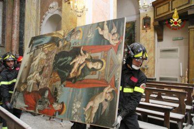 collegiata-san-martino-caldarola-recupero-opere-vigili-del-fuoco-4