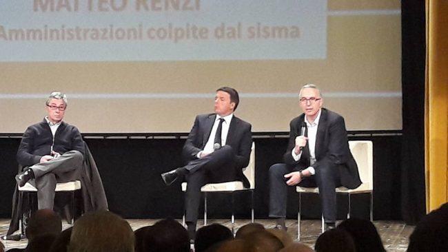 Da sinistra Vasco Errani, Matteo Renzi e Luca Ceriscioli