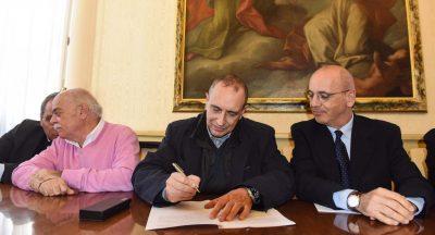 firma-convenzione-sottopasso-rotatoria-pettinari-corvatta-perosino-civitanova-4