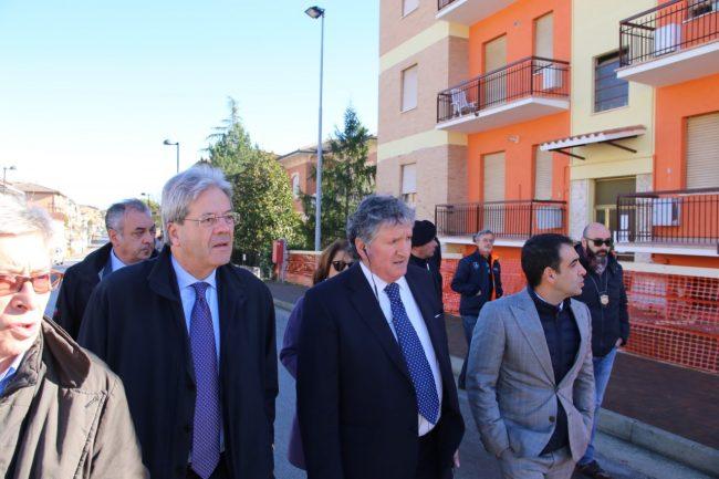ministro_gentiloni_tolentino_terremoto_foto_benfatto-6