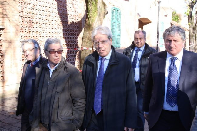 ministro_gentiloni_tolentino_terremoto_foto_benfatto-7