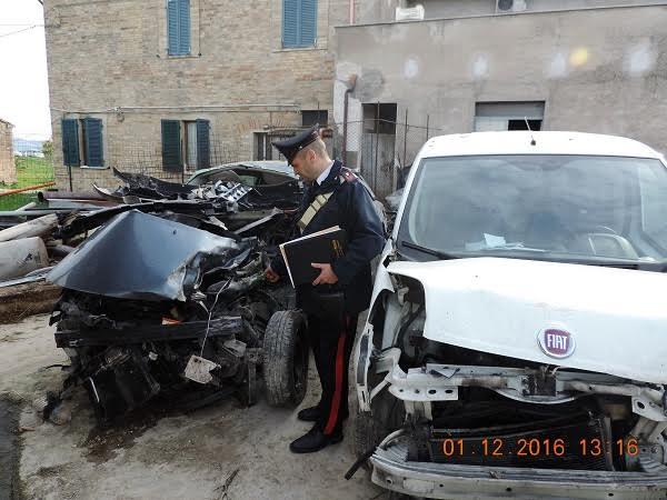 I carabinieri sul posto dell'incidente