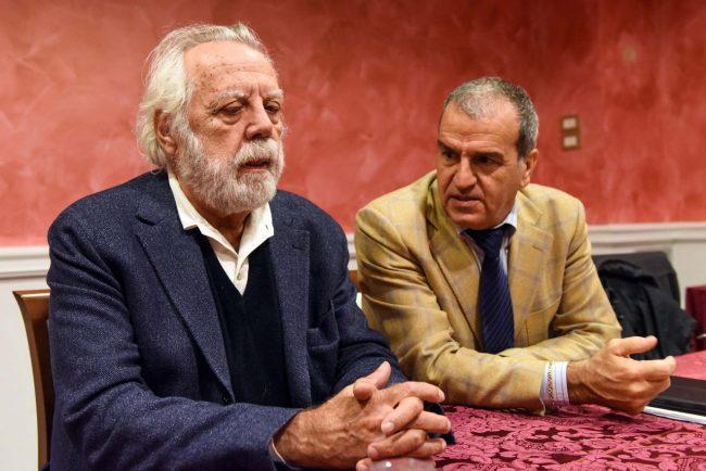Da sinistra il direttore de L'Unità, Sergio Staino, e il senatore Pd Mario Morgoni