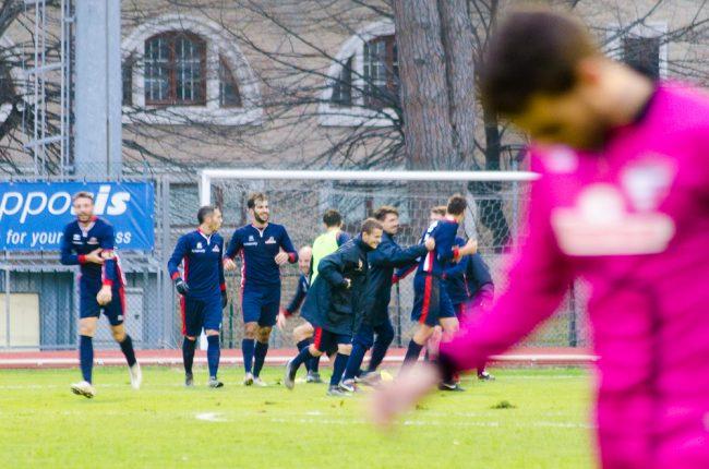 L'esultanza del Montegiorgio dopo il gol vittoria