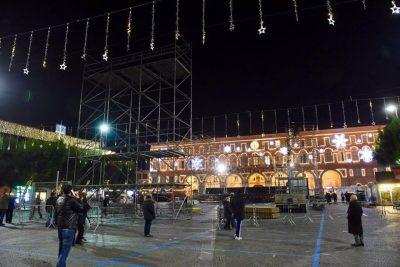 Gigi-DAlessio-palco-Civitanova8-400x267