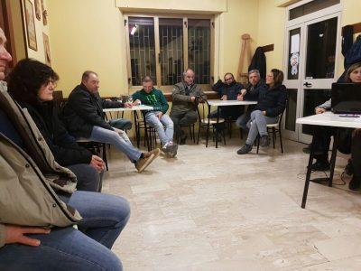 L'incontro del Comitato delle partite iva di Moscosi nel circolo Acli della frazione cingolana