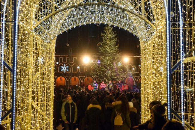 luci-natalizie-natale-in-centro-civitanova-fdm-24