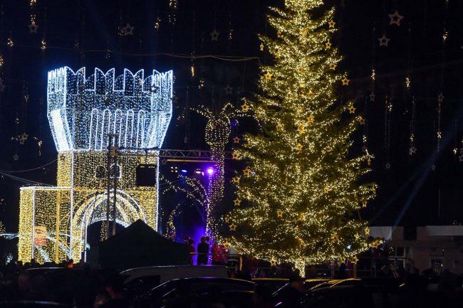 luci-natalizie-natale-in-centro-piazza-civitanova-FDM-5-650x433