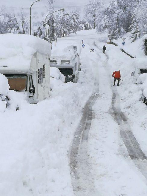 Neve-Camerino-18-gennaio-14-488x650