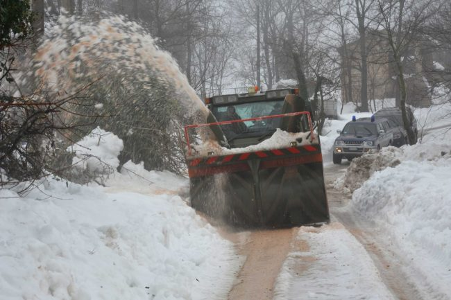 esercito-neve-1-650x433