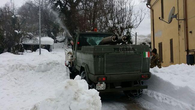 esercito-neve-3-650x366