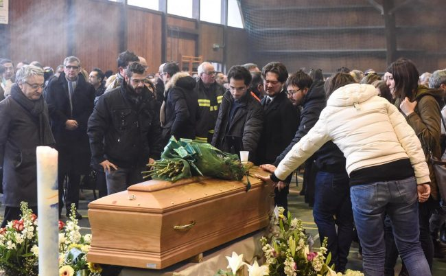 funerale-emanuele-pioraco-1-650x402