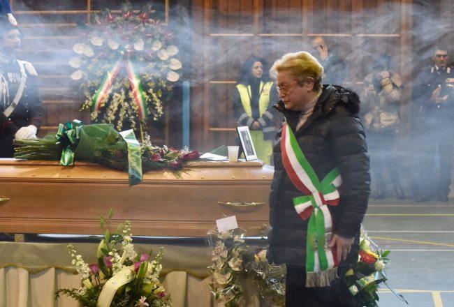 funerale-rigopiano-bonifazi-10-650x440