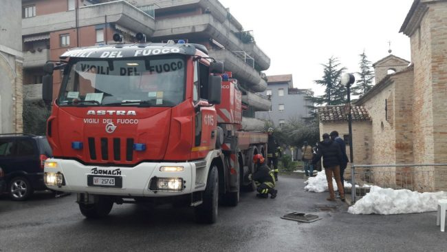 furgone-sfrenato-via-dei-velini-3-650x366