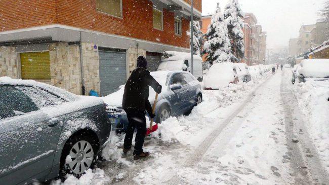 neve-macerata-gennaio-2017_Foto-LB-24-1-650x365