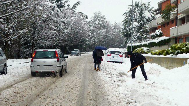 neve-macerata-gennaio-2017_Foto-LB-4-2-650x365