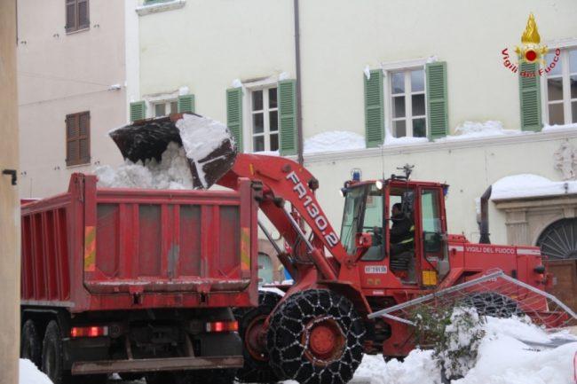 rimozione-neve-camerino-11-650x433