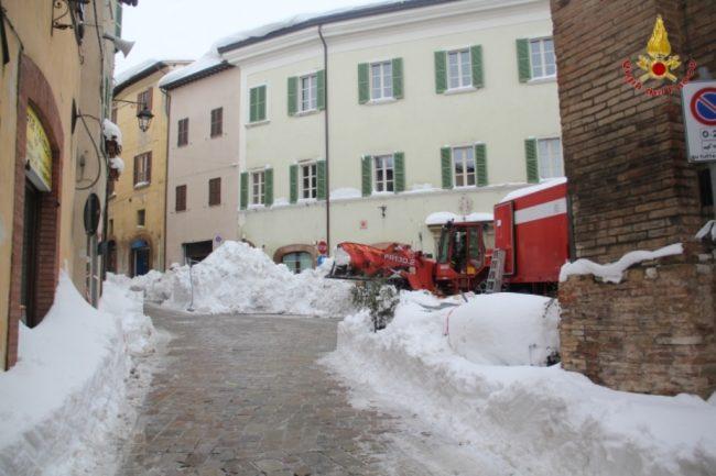 rimozione-neve-camerino-3-650x433
