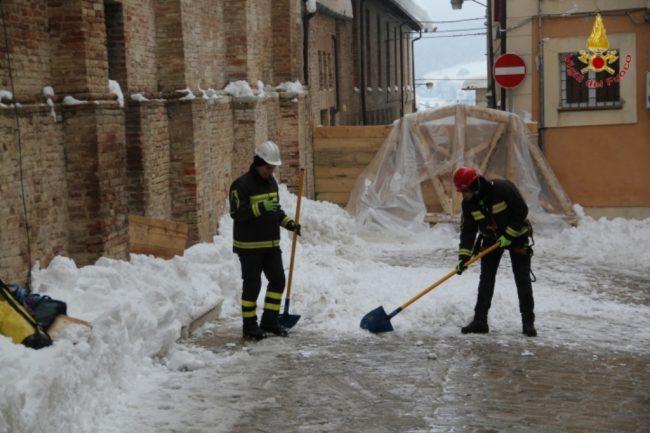 rimozione-neve-camerino-5-650x433