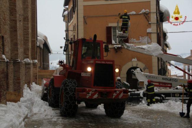 rimozione-neve-camerino-7-650x433
