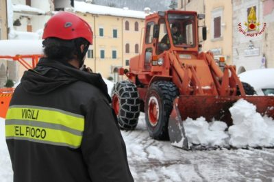 rimozione-neve-visso-11-400x266
