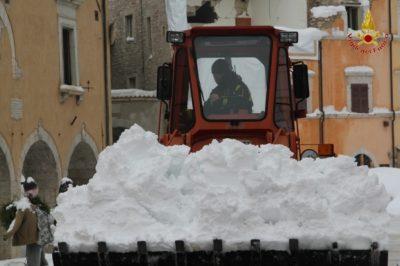 rimozione-neve-visso-6-400x266