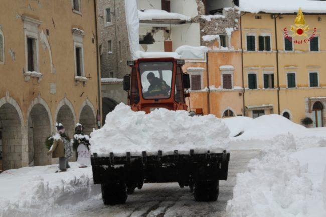 rimozione-neve-visso-7-650x433