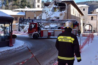 visso-neve-terremoto-fdm1-400x267