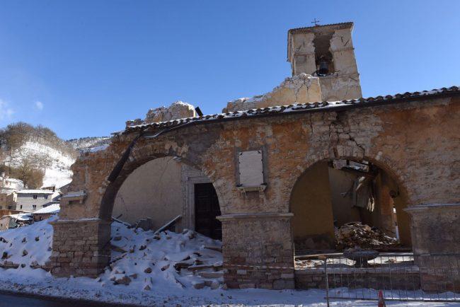 visso-villa-santantonio-terremoto-neve-fdm