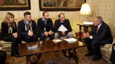 incontro-delegazione-manifestazione-terremotati-a-roma-con-il-presidente-del-senato-Grasso-1-400x225