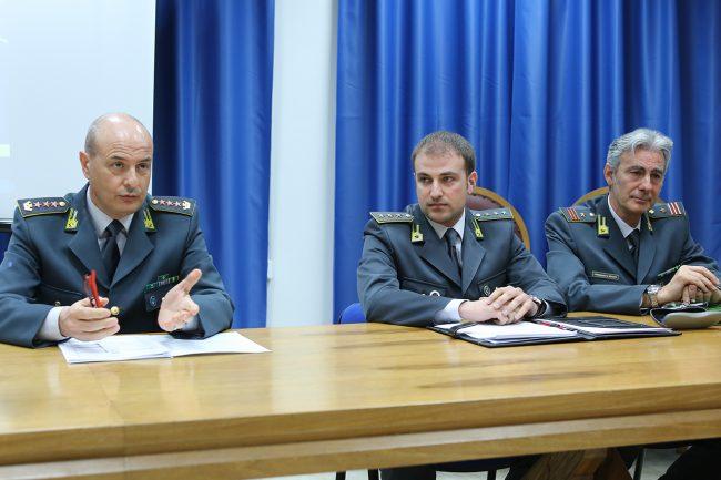 Amedeo-Gravina_Raffaele-Del-Vecchio-comandante-Civitanova_Luciano-Giacò-comandante-Porto-Recanati_Foto-LB