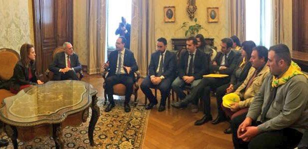 La-delegazione-Coldiretti-con-il-presidente-del-Senato-Piero-Grasso