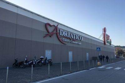 centro-commerciale-cuore-adriatico-ingresso-civitanova-2-400x267