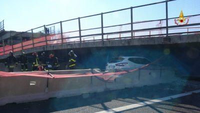 crollo-ponte-autostrada-12-400x225