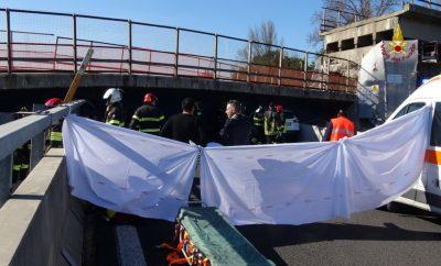 crollo-ponte-autostrada-9-400x242