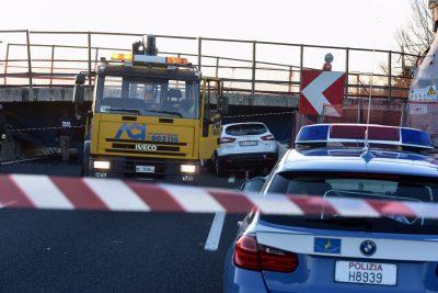 crollo-ponte-autostrada-foto-Federico-De-Marco-17-400x267