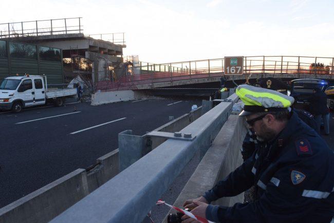 crollo-ponte-autostrada-foto-Federico-De-Marco-7-650x434