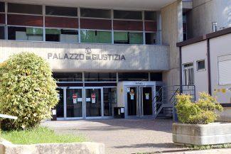 Tribunale-Macerata_foto-LB-2-325x217
