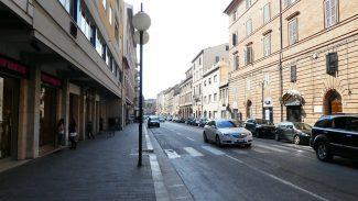 corso-cavour-macerata_foto-LB-9-325x183