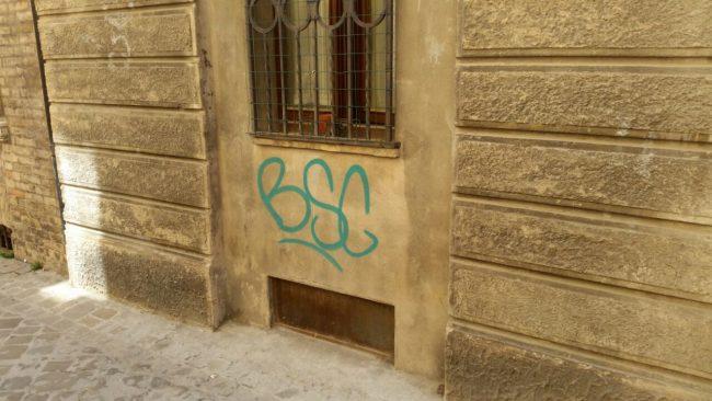 graffiti-via-crispi-6-650x366