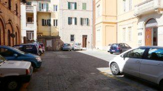 parcheggio-residente-macerata-palazzo-provincia_foto-LB