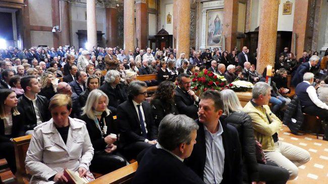 Funerale-Andrea-Mancini_foto-LB-5-650x365