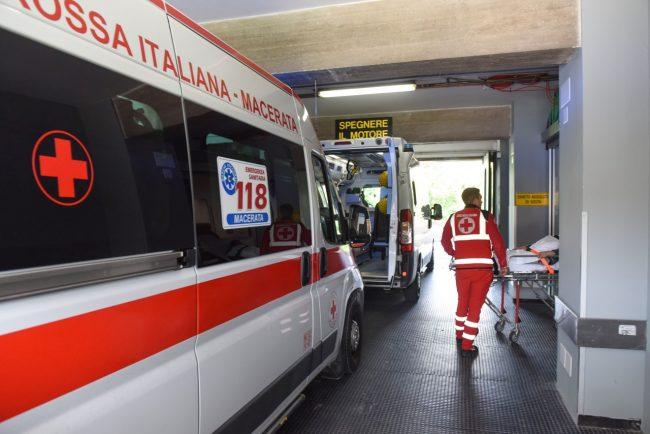 inaugurazione-nuovo-pronto-soccorso-ambulanza-croce-rossa-ospedale-macerata-25-650x434