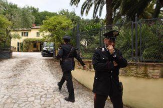 rapina-villa-daniele-centioni-carabinieri-san-savino-civitanova-13-325x217