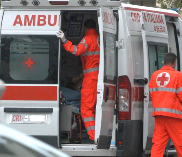 ambulanza-118-archivio-arkiv