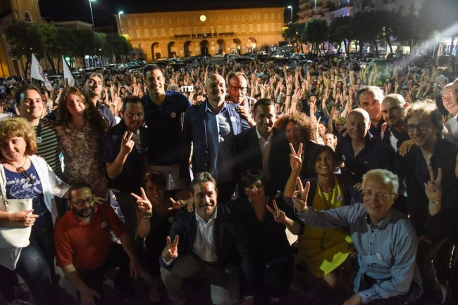 luigi-di-maio-piazza-xx-settembre-civitanova-15-m5s-650x434