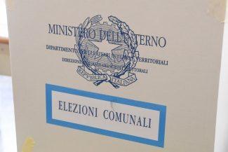 votazioni-elezioni-comunali-urna-elettorale-civitanova-FDM-3-325x217