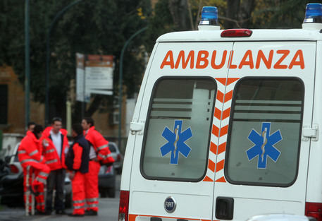 ambulanza-118-archivio-arkiv-70